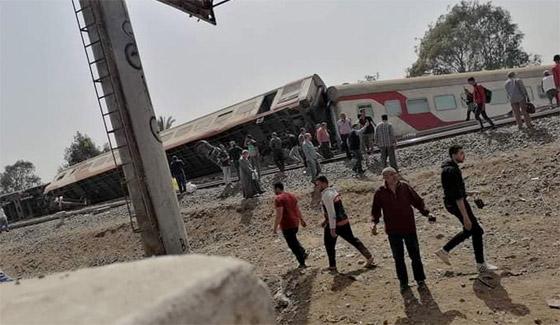 صورة رقم 7 - حادث قطار طوخ: 11 قتلى و100 جرحى بثالث حادث قطارات في مصر خلال شهر
