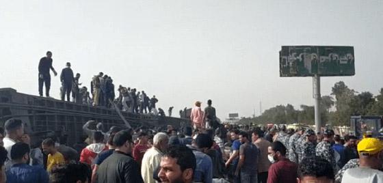 صورة رقم 13 - حادث قطار طوخ: 11 قتلى و100 جرحى بثالث حادث قطارات في مصر خلال شهر