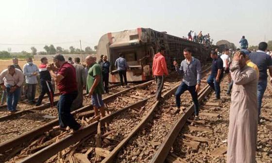 صورة رقم 17 - حادث قطار طوخ: 11 قتلى و100 جرحى بثالث حادث قطارات في مصر خلال شهر