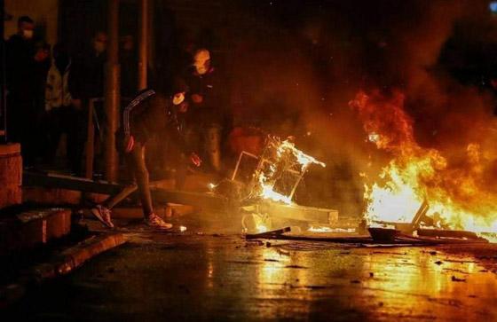 """صورة رقم 2 - وسط دعوات يهودية """"للانتقام من العرب"""".. إصابة عشرات الفلسطينيين بمواجهات مع قوات إسرائيلية بالقدس"""