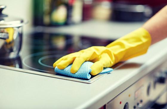 صورة رقم 1 - 20 حيلة بسيطة لإبقاء مطبخك نظيفا ومرتبا.. لن تأخذ منك أكثر من دقائق!