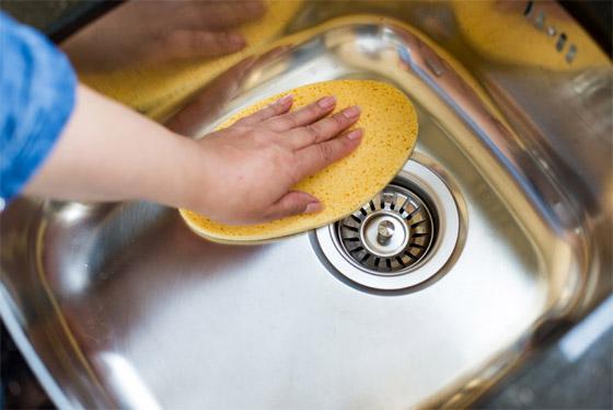 صورة رقم 7 - 20 حيلة بسيطة لإبقاء مطبخك نظيفا ومرتبا.. لن تأخذ منك أكثر من دقائق!