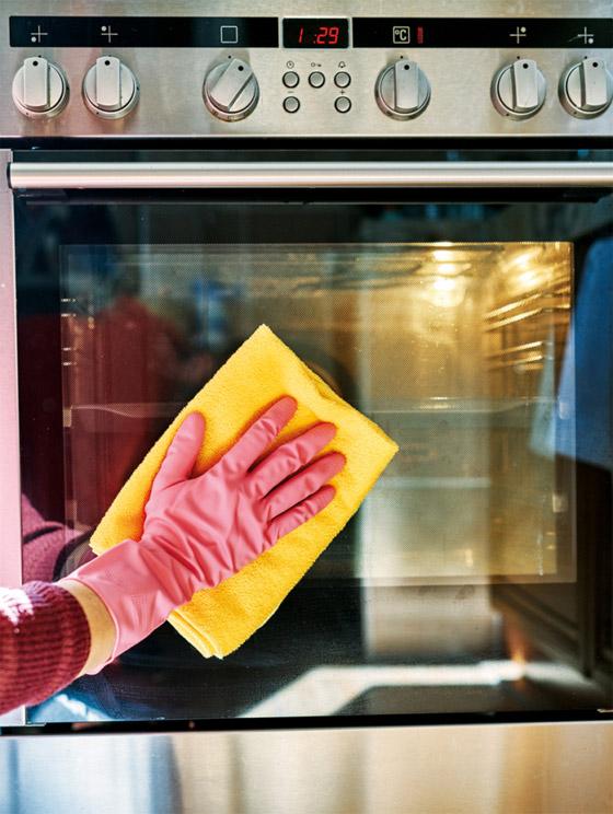 صورة رقم 5 - 20 حيلة بسيطة لإبقاء مطبخك نظيفا ومرتبا.. لن تأخذ منك أكثر من دقائق!