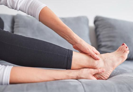 صورة رقم 9 - تعرفوا إلى 10 طرق سهلة وبسيطة لتخفيف آلام القدمين والتهاب العظام