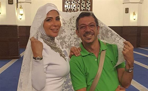 صورة رقم 4 - مصمم فستان زفاف منى زكي في