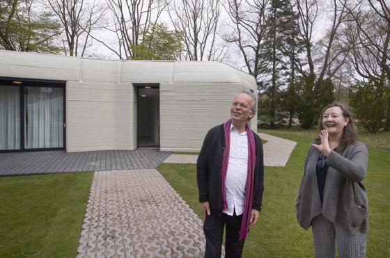 صورة رقم 11 - فيديو وصور: زوجان ينتقلان لأول منزل مطبوع ثلاثي الأبعاد بالكامل