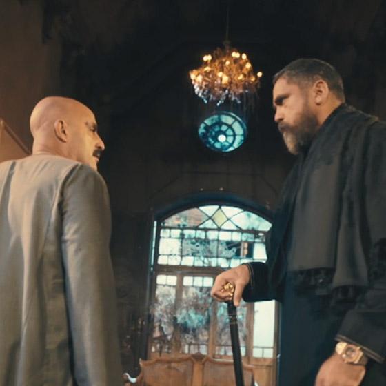 صورة رقم 7 - من اخطاء مسلسلات رمضان: صعايدة 5 نجوم! أكل المحشي بالشوكة والسكينة يعرض مالك وداش للسخرية