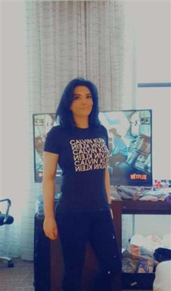 صورة رقم 3 - فيديو وصور حورية فرغلي تصل مصر بعد نجاح عملية تجميل الأنف التي قامت بها في امريكا