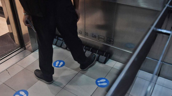 ابتكار جديد لحمامات الطائرات لمنع خطر عدوى فيروس كورونا صورة رقم 5