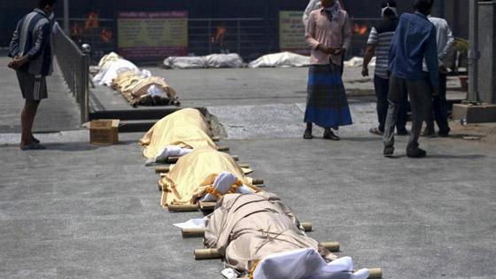 معدل مرعب في الهند.. 300 ألف إصابة بكورونا لليوم الثاني عشر صورة رقم 3