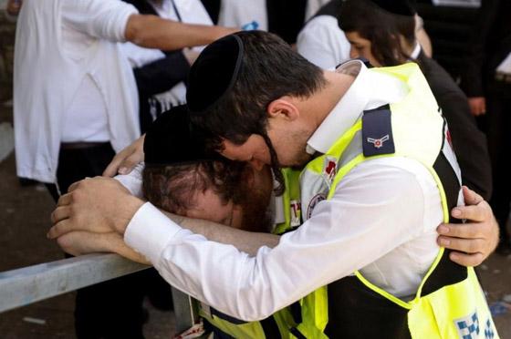صورة رقم 3 - يوم حداد عام في إسرائيل على ضحايا حادث التدافع المأساوي