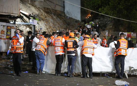 صورة رقم 12 - يوم حداد عام في إسرائيل على ضحايا حادث التدافع المأساوي