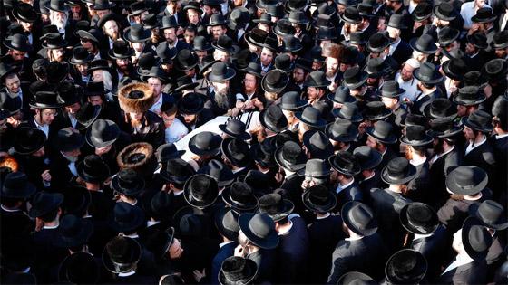 صورة رقم 19 - يوم حداد عام في إسرائيل على ضحايا حادث التدافع المأساوي