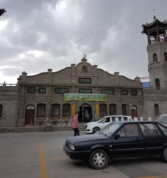 صورة رقم 8 - مسجد داتونج فى الصين.. مبنى رائع يدمج الفن المعماري الإسلامي باللمسات الصينية