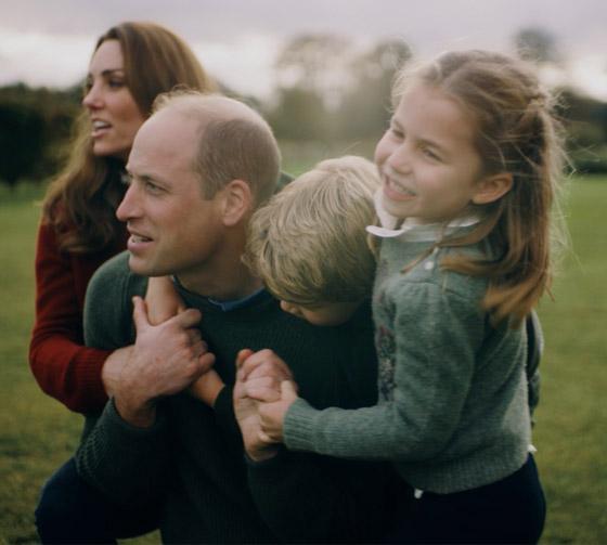 صورة رقم 5 - طبق الأصل عن أبيها! الأمير وليام وزوجته يحتفلان بميلاد الأميرة شارلوت
