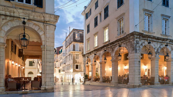 صورة رقم 3 - من اليونان إلى إيطاليا.. شاهدوا جمال مدن تحمل طابع البندقية حول أوروبا