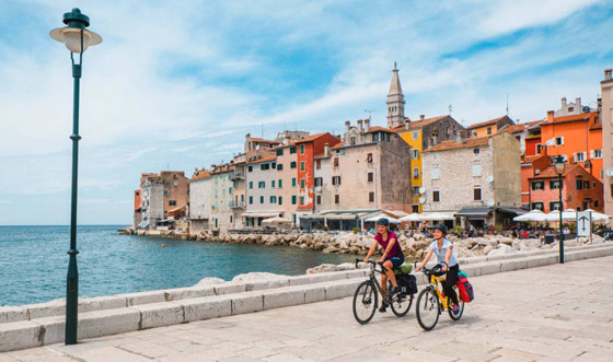 صورة رقم 5 - من اليونان إلى إيطاليا.. شاهدوا جمال مدن تحمل طابع البندقية حول أوروبا