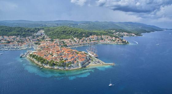 صورة رقم 6 - من اليونان إلى إيطاليا.. شاهدوا جمال مدن تحمل طابع البندقية حول أوروبا
