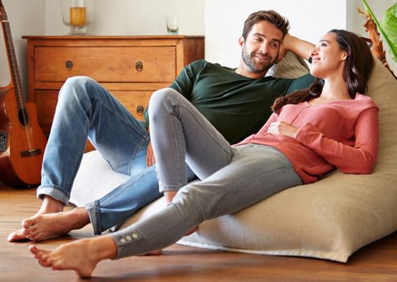 صورة رقم 1 - إليكم 11 محادثة يجب على الأزواج خوضها من أجل علاقة صحية مديدة