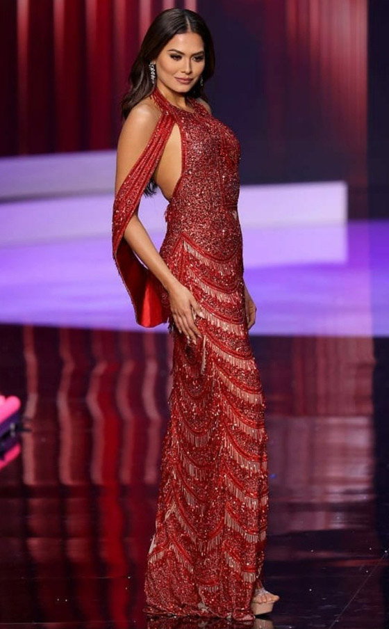 صورة رقم 9 - فيديو وصور: مكسيكية تفوز بلقب ملكة جمال الكون 2021
