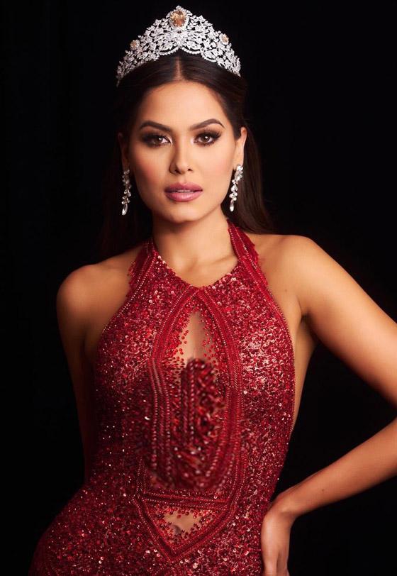 صورة رقم 2 - فيديو وصور: مكسيكية تفوز بلقب ملكة جمال الكون 2021