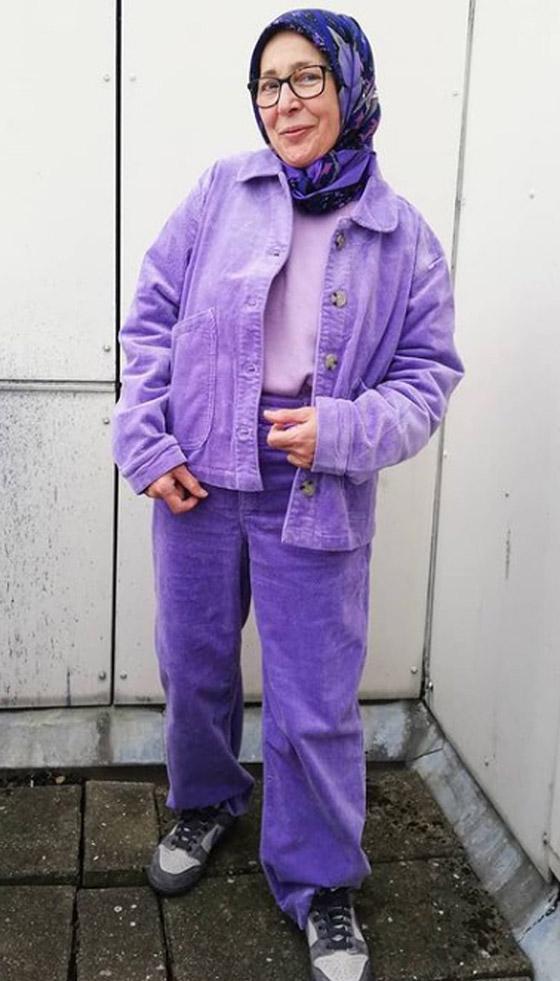 صورة رقم 22 - شابة مغربية تبدع وتحول والدتها المحجبة المصابة بسرطان الثدي لأيقونة موضة