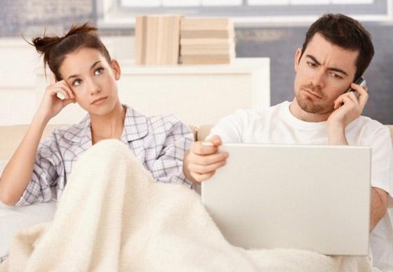 صورة رقم 1 - طرق التعامل مع الزوج المشغول!