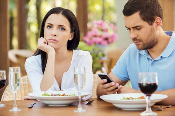 صورة رقم 3 - طرق التعامل مع الزوج المشغول!