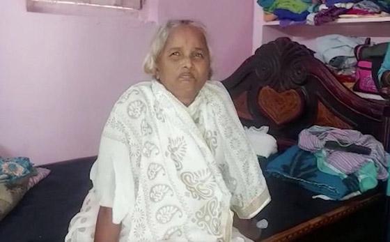 صورة رقم 2 - أغرب من الخيال: رجل هندى يدفن جثة زوجته ويقيم لها جنازة ليفاجأ بعودتها للمنزل!