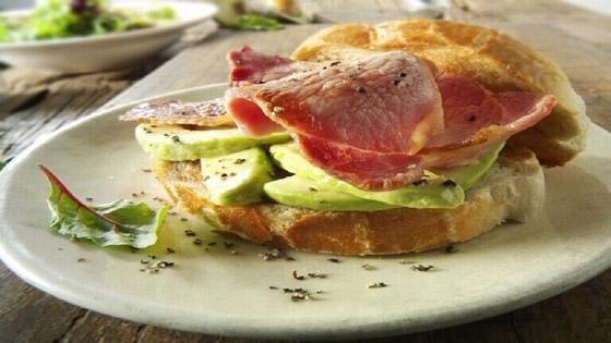 صورة رقم 4 - ما الأطعمة التي ينبغي تجنبها في وجبة الفطور؟