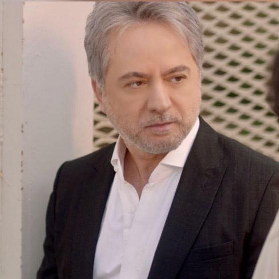 صورة رقم 3 - هل هذه صورة الفنان اللبناني مروان خوري مع خطيبته؟
