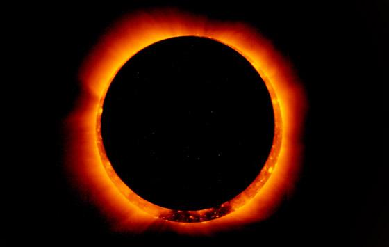 صورة رقم 2 - كسوف الشمس سيضيئ حلقة من النار في السماء.. كيف يمكنكم مشاهدته؟