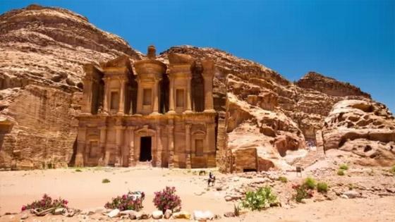 صورة رقم 3 - بالصور: تعرفوا إلى 10 من أفضل وأشهر آثار العالم المميزة