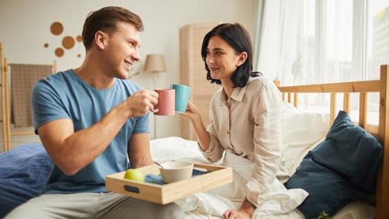 صورة رقم 2 - 4 عادات صباحية لتعزيز علاقتك الرومانسية