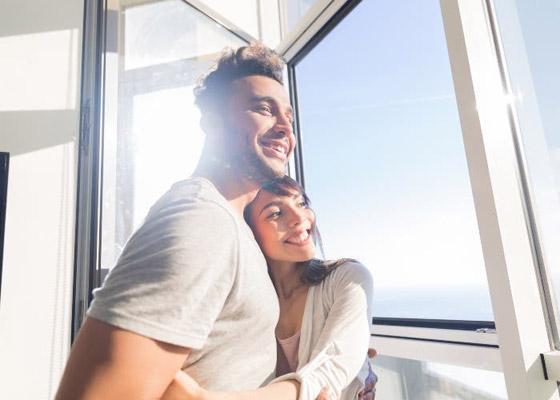 صورة رقم 1 - 4 عادات صباحية لتعزيز علاقتك الرومانسية