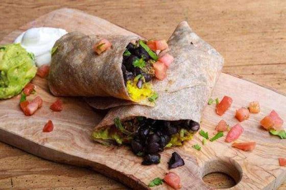 صورة رقم 4 - البرجر.. و4 وجبات سريعة لن تدمر نظامك الغذائي