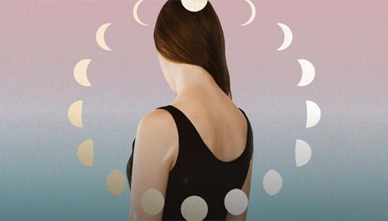 صورة رقم 1 - تحذير فلكي: علاقة غريبة بين اكتمال القمر وقص الشعر
