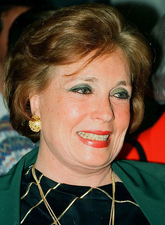 صورة رقم 1 - مصر.. وفاة جيهان السادات زوجة الرئيس الراحل أنور السادات