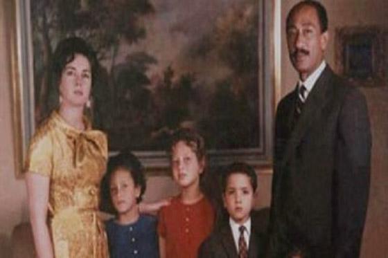 صورة رقم 4 - مصر.. وفاة جيهان السادات زوجة الرئيس الراحل أنور السادات