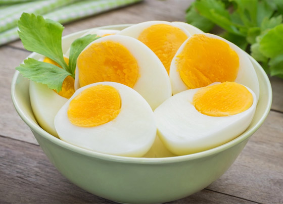 صورة رقم 7 - لماذا يستحيل تحضير طبق البيض المثالي رغم سهولته؟ 13 خطأ شائعا وراء الأمر