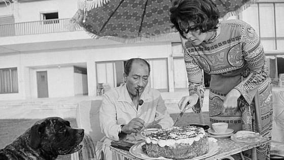 صورة رقم 8 - جيهان السادات: سيدة مصر الأولى التي سارت في طريق مختلف