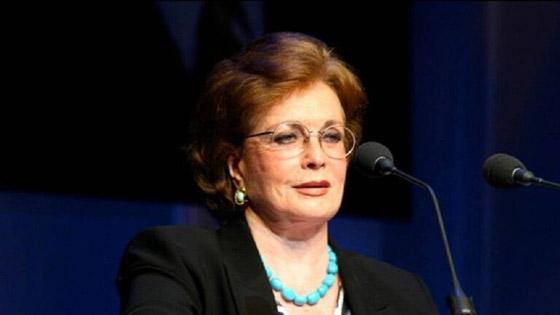 صورة رقم 4 - جيهان السادات: سيدة مصر الأولى التي سارت في طريق مختلف
