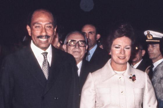صورة رقم 7 - جيهان السادات: سيدة مصر الأولى التي سارت في طريق مختلف