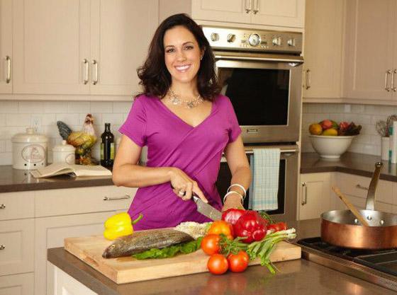 صورة رقم 1 - أخصائية تغذية جينيفر لوبيز تكشف سر 6 قواعد ذهبية تسرع تنزيل الوزن وحرق الدهون