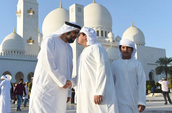 صورة رقم 2 - صور: تعرفوا إلى أشهر عادات العرب بالاحتفال في عيد الأضحى