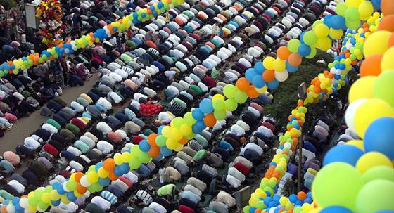 صورة رقم 3 - صور: تعرفوا إلى أشهر عادات العرب بالاحتفال في عيد الأضحى