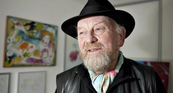 صورة رقم 3 - وفاة رسام الكاريكاتير الدنماركي المعروف برسم صور كاريكاتورية مسيئة للنبي محمد