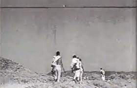 فيديو نادر لرحلة الحجاج إلى بيت الله الحرام عام 1356 هجريًا صورة رقم 2