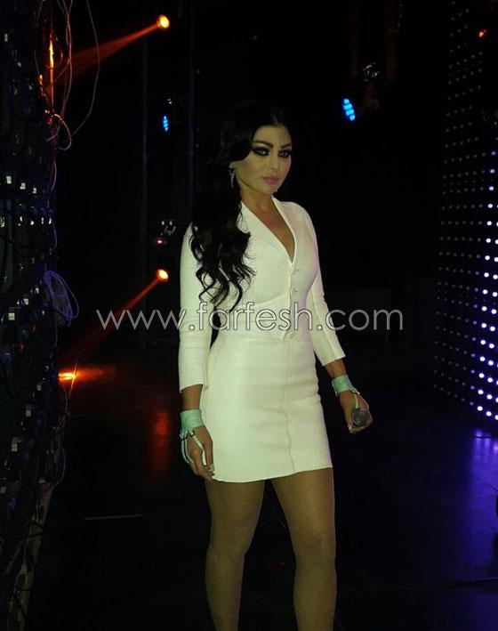صورة رقم 6 - هاني شاكر: هيفاء وهبي تختار ملابس قصيرة زيادة عن اللزوم!