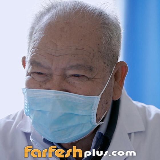 صورة رقم 1 - فيديو: إليكم قصة طبيب صيني يقضي 58 عاما في علاج المرضى